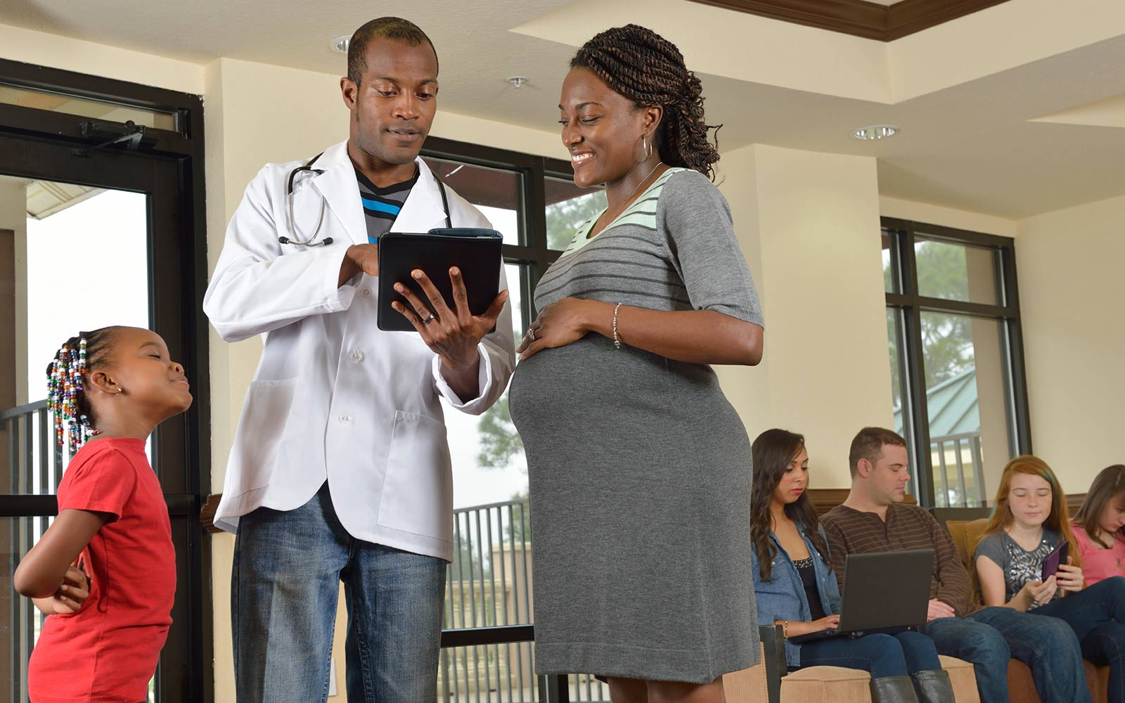 chws-1-in-8-americans-work-in-the-health-sector